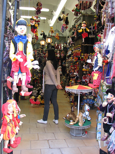 Another of the many puppet shops in Prague
