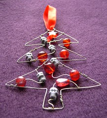 Skully Tree - a red beaded Christmas decoration