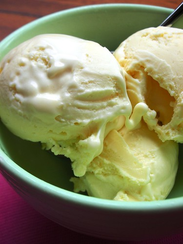 white chocolate ice cream