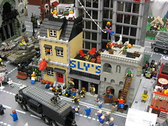Zombie Apocafest 2008 - Block overview (Dunechaser) Tags: lego zombie events valve displays undead zombies tbb brickcon brickarms thebrothersbrick brothersbrickcom brickcon2008 brickcon08 apocafest