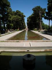Baghe Dowlat Abad - Yazd (Mehdi SN) Tags: garden iran persia iranian ايران باغ ايرانيان