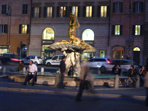 Via Veneto at night 3