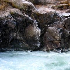 Bvre elva -|- Jagged rocks (erlingsi) Tags: cold ice nature norway river square landscapes norge is coldplay natur noruega oc paysage sq lom elv noorwegen noreg gudbrandsdal erlingsi erlingsivertsen oppland bvre firkantet lomkommune bvri