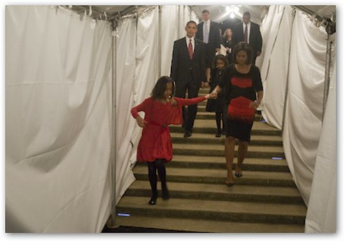 Obama and Family Head to Acceptance Speech