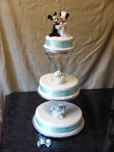elegant disney wedding cakes