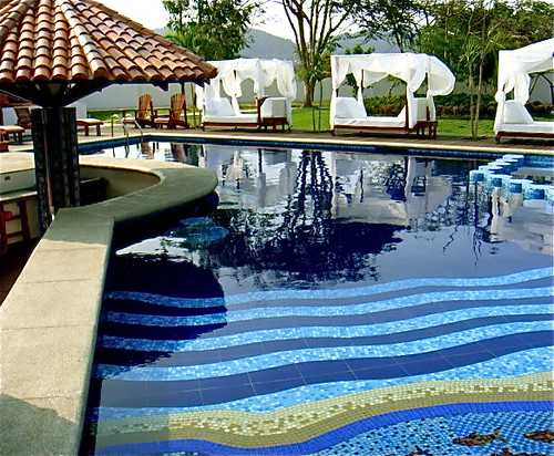 Bahia-ecuador-beach-property-pool