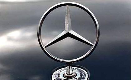 Ook Mercedes begint online community