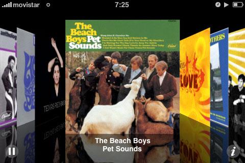 Captura de pantalla del iPhone en modo Coverflow con las carátulas de la colección de música