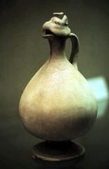 gm_02019 Ueno, Tokyo, Chinese Art Vase 1985 (CanadaGood) Tags: color colour art archaeology japan analog japanese tokyo asia ceramics ueno slidefilm   eighties 1985 tky artobject canadagood filmbranduncertain slidecube