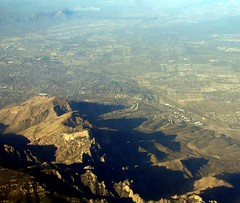 Tucson and Oro Valley, Ariz. (Dan_DC) Tags: arizona mountains southwest desert tucson scenic aerialview aerial environment habitat fon catalinamountains orovalley pimacounty