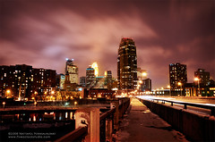 On the 3rd Avenue Bridge (jpnuwat) Tags: city longexposure bridge usa minnesota downtown minneapolis riverfront 1870mm d300 thirdavenuebridge dsc1915