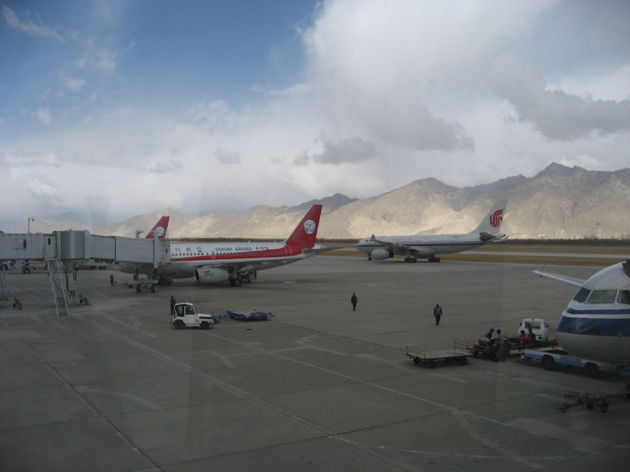 3,500 meters above sea level - Lhasa Gonggar Airport
