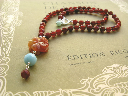 Carnelian flower necklace in red