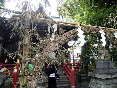 立石、熊野神社。