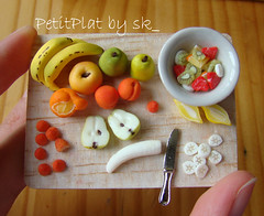 Miniature Food - Fruit Salad 1:12 (PetitPlat - Stephanie Kilgast) Tags: orange apple fruit salad lemon handmade strawberries banana polymerclay pear minifood sk collectible 112 apricots dollhouse dollshouse miniaturefood oneinchscale petitplat preparationboard stephaniekilgast