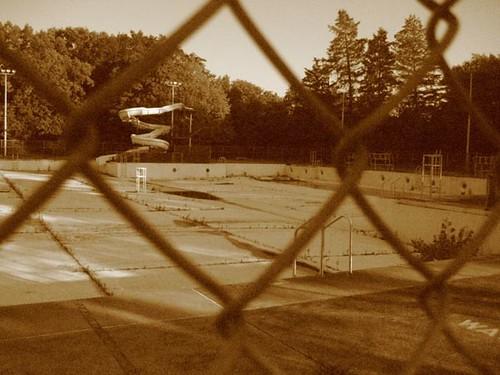 Abandoned pool, 1