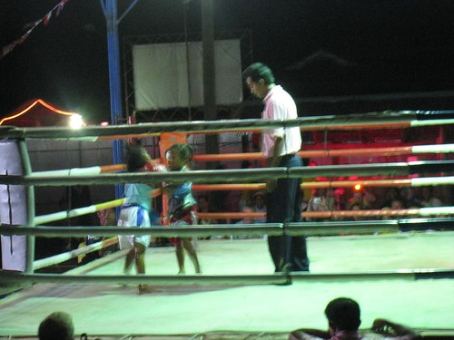Exhibition fight - 2 little girls kick each other's butts for our entertainment?
