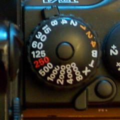 Shutter speed dial