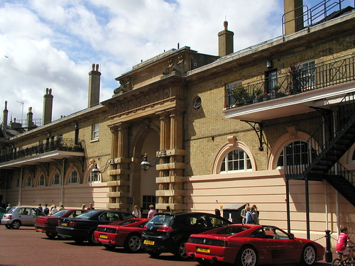 Buckingham Palace and Royal Mews 021