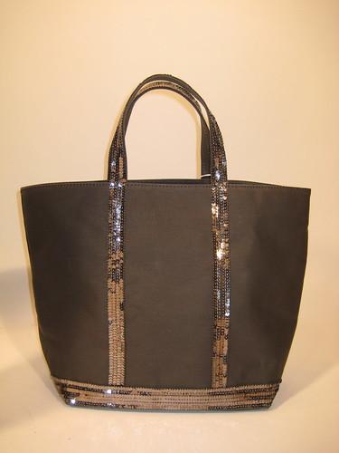 Can someone find me a cute tote bag?
