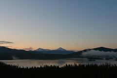 Frisco sunrise (EMan Ian) Tags: trees sky mountain lake sunrise colorado tokina1224 tokina rockymountains frisco snowcaps friscoco