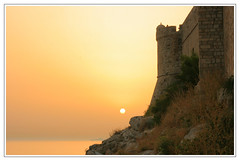 sunset and a cold drink (wunderskatz) Tags: old city sunset sea sun cold beautiful yellow landscape gold rocks view croatia drinks walls grad dubrovnik stari adriatic hrvatska dalmatia dalmacija razglednica mostbeautifulview wunderskatz