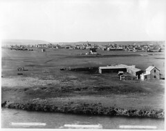 Calgary from Elbow River, AB, 1889 (Muse McCord Museum) Tags: canada calgary ab alberta homestead 1889 elbowriver dwellings mccordmuseum notman musemccord