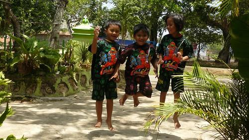 Mudik 2008 - Loncatan Ponakan
