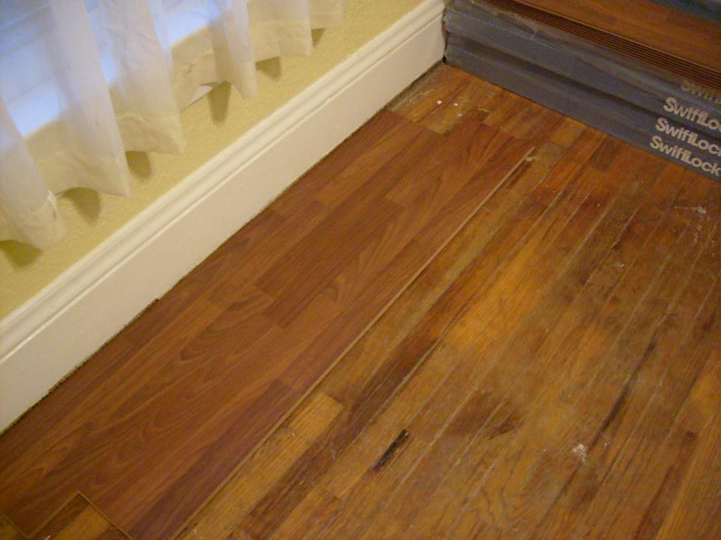 Glue down laminate flooring laminate flooring big floor for Down floor