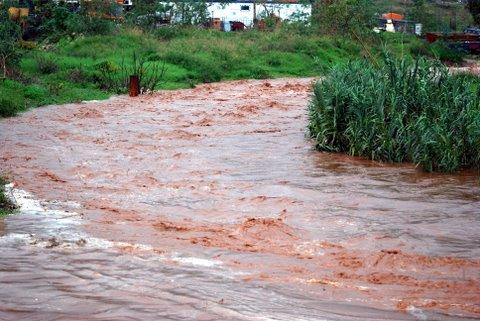 fuertes lluvias y temporal 26-10-2008 044