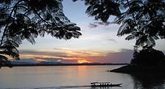 Mekong sunset 3 - Pakse, Lao (Pretre) Tags: sunset canon river 2008 lao mekong s5 pakse