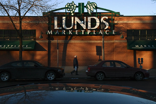 Uptown Lunds 7831