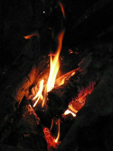 My first campfire (that I built myself)