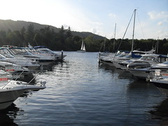Windermire Harbour (rainyyellowsunshine) Tags: lake water docks boats harbour lakedistrict windermire lakewindermire