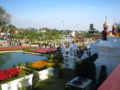 thai-lake (rhmn) Tags: pictures lake flower landscape thailand idea photo flora landscaping picture royal grand 2006 mai thai chiangmai chiang ideas