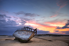 Abandoned fishing boat (Ian Humes) Tags: ireland sunset beach water canon boat lowlight dusk decay coastal canon350d wreck hdr countydonegal bunbeg goldenheartaward photoartbloggroup eddiesboat