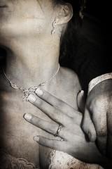 Scratch (Eshwar Emilio Cassanese) Tags: woman love girl scratch protect sense sensation