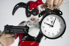 Captured by Patrick Gately (Kameron Derek) Tags: clock nerd girl gun geek time cosplay killing batman pax pennyarcadeexpo harleyquinn pvc artifice geekette artificeclothing kameronderek chasejarvishangar2