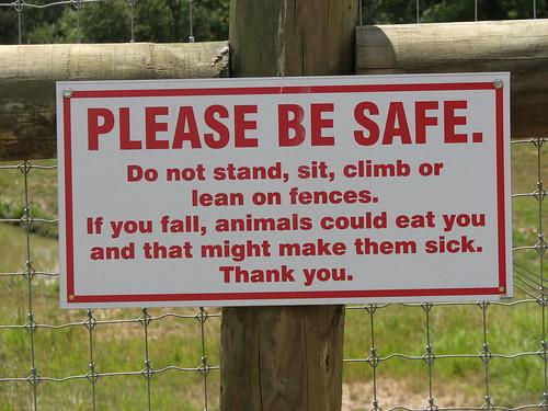 Funny Sign by tenioman.