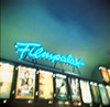 Leuchtschild überm Filmpalast