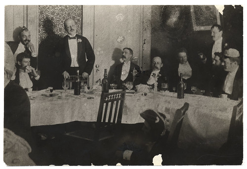 Artists at a banquet for Harry Siddons Mowbray by Smithsonian Institution