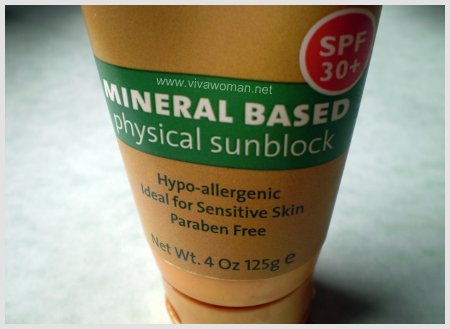 2889439442 2d70a6e9fd o Mineral based sunscreens are the best
