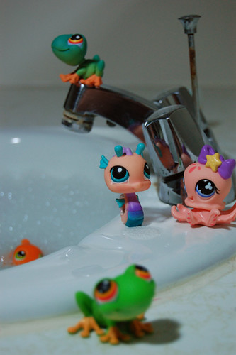 The Honorable LPS Wet Society by thatlunagirl.