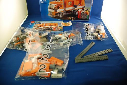 LEGO 7991 垃圾車_02.JPG