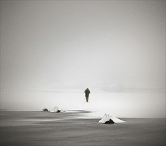 (Hjalli) Tags: winter bw mist lake snow man ice water fog iceland rocks pentax grain lonely reykjavk rauavatn frosen hlynur hjalli k20d pentaxk20d hjall estoescremacoc solidfeather