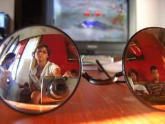Gli Occhiali di Weso (Schorli_Carla) Tags: people selfportrait macro reflection face glasses mirror friend autoportrait object young indoor ko tekken specchio ordinary riflettere flickrchallengegroup flickrchallengewinner