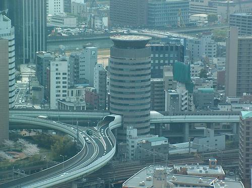 Edificio autopista