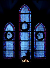 Christmas Mass (RMac_Photography) Tags: christmas blue windows blur church glass silhouette wow d50 cool lowlight nikon christ stainedglass existinglight mass rmac churchservice