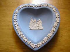 Heart-shaped plate (oldschoolhandmade) Tags: plate porcelain wedgwood jasperware
