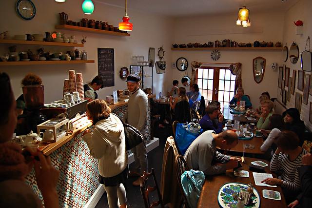 cake shop - vintage heaven